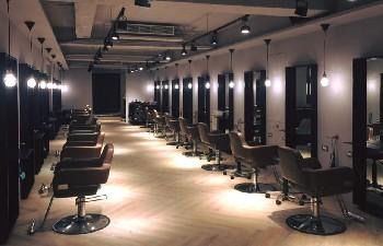 Y's Hair Salon 一店