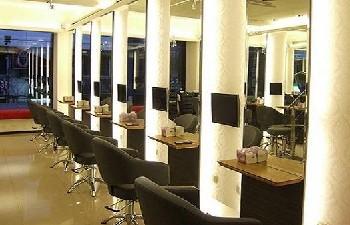魔髮 hair salon 旗艦店